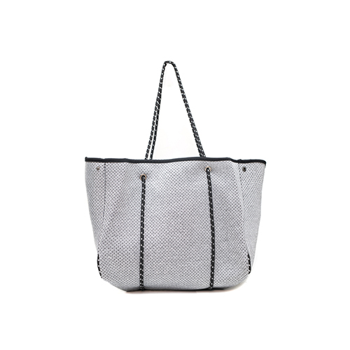 melange-beacher-bag-from-side