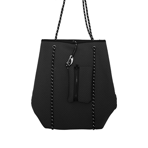 night-beacher-bag-from-front