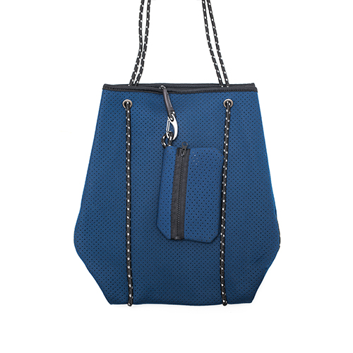 ocean-beacher-bag-from-front